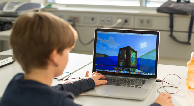 Minecraft Game Benefits to Kids